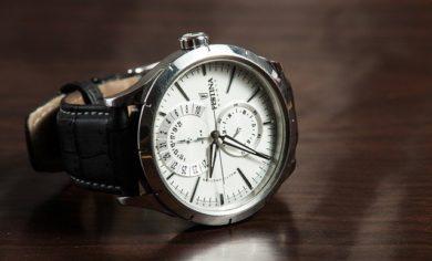 wristwatch 407096 640